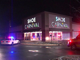 Police: 1 shot at Shoe Carnival on Lafayette Road