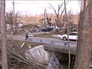 Henryville residents feel for Oklahoma