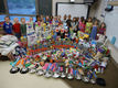Class makes pitch, collects HS donations