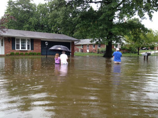 Indiana battles floods after nearly foot of rain