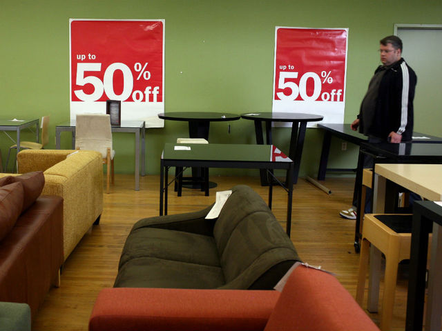 Buffalo Furniture Store Accused Of Scamming Customers