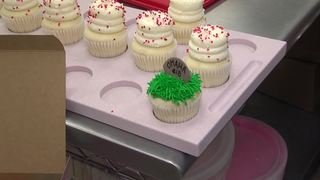 Gigi's Cupcakes prepares for Super Bowl Sunday