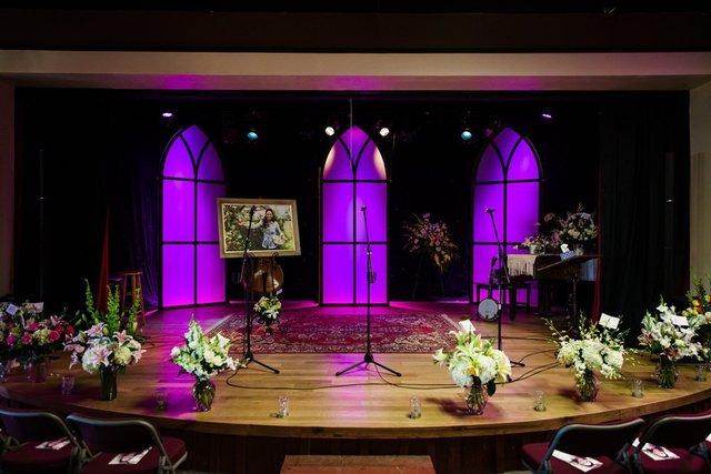Photos joey feek funeral amp memorial services v1 news gallery