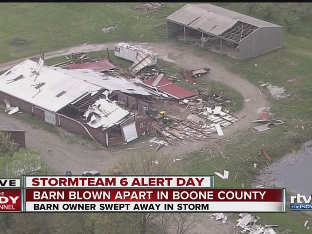 Tornado damages houses in Boone County