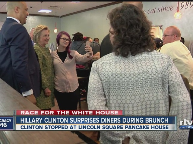 Hillary Clinton stops at Lincoln Square Pancake House