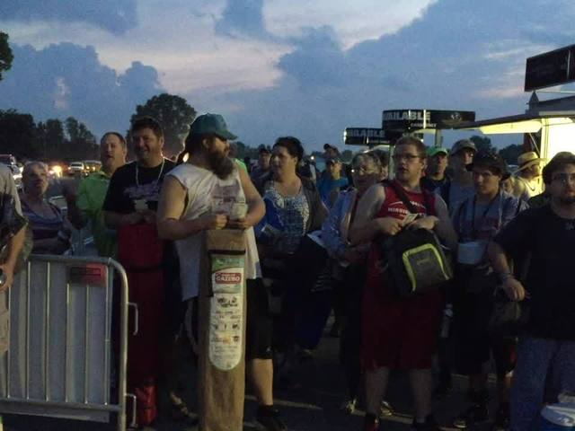 Fans countdown until gates open at IMS