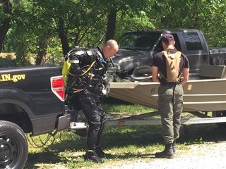Divers find body during search for missing man