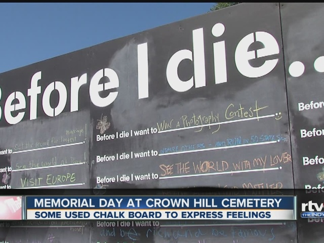 Memorial Day service held at Crown Hill Cemetery