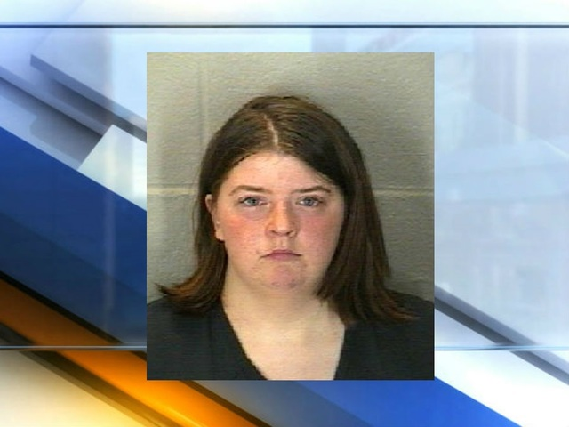 Lafayette woman charged with molesting 1-year-old