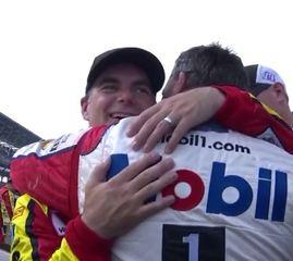 Stewart, Gordon team up for final Brickyard lap