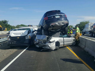 Three injured in multi-car pileup on I-65