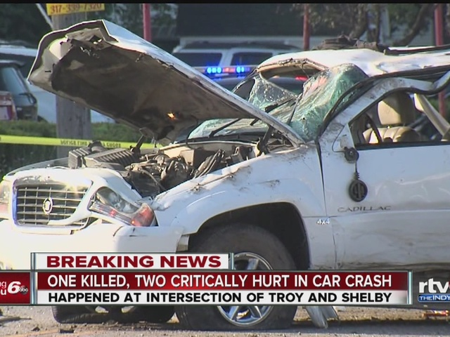 Person killed in crash on Indy's south side