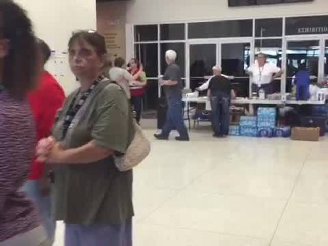 Several hundred people spend the night at Red Cross shelter