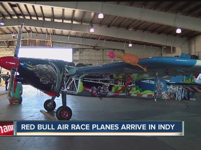 Red Bull air race planes arrive in Indy