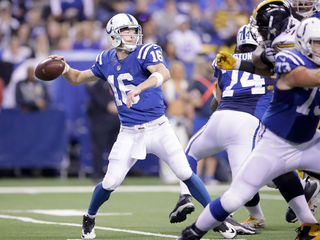 Tolzien gives Colts solid showing in loss
