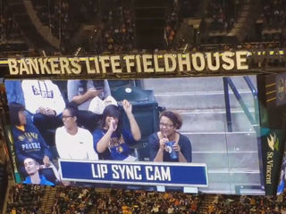 Indiana Pacers mock Mariah Carey with lip sync