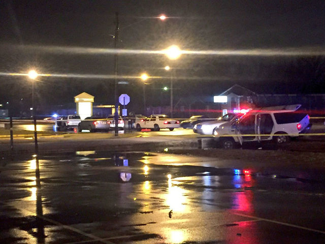 Fight at nightclub turns into shooting outside