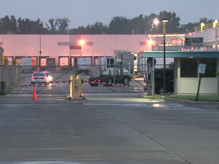 Carrier deal to keep jobs in Indy moves forward