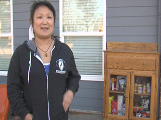 Franklin woman starts free food pantry open 24/7