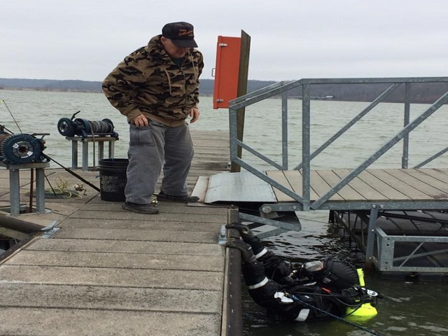 Indiana dnr officers fishing license photos stir up angry for Indiana fishing regulations