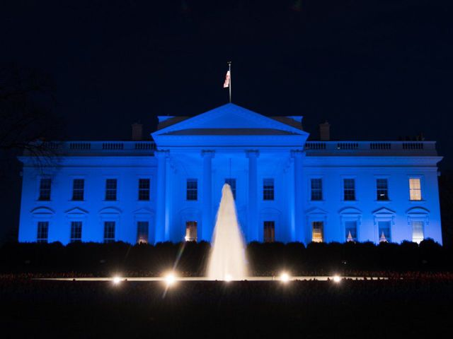 White house turns blue for world autism awareness day for Blue and white house