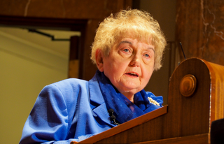 Hoosier Holocaust survivor preaches forgiveness