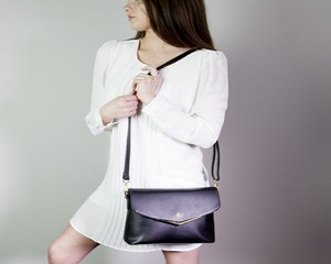 New purse comes with GPS tracking