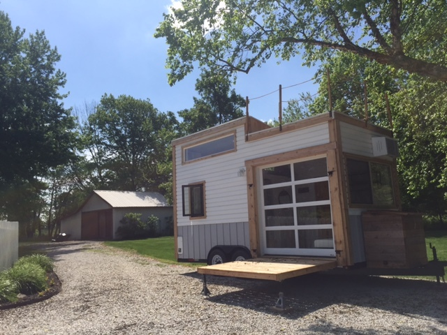 rent a tiny house in central indiana v1 news gallery. Black Bedroom Furniture Sets. Home Design Ideas