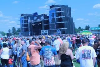 PHOTOS: Carb Day Concert