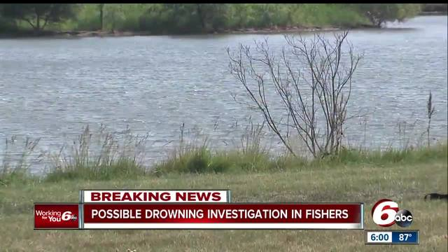 Divers recover body of paddle boarder from lake in Indiana