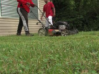 Teens volunteer to remove blight in neighborhood