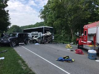 3 killed in Monroe County crash involving bus
