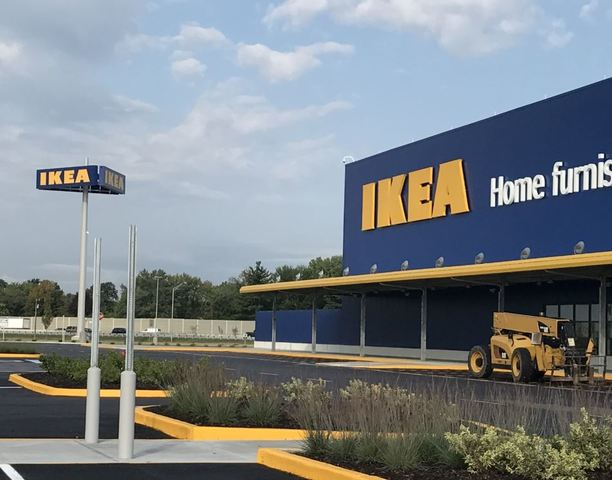 Child fires loaded gun found inside sofa at ikea in for Ikea hours denver