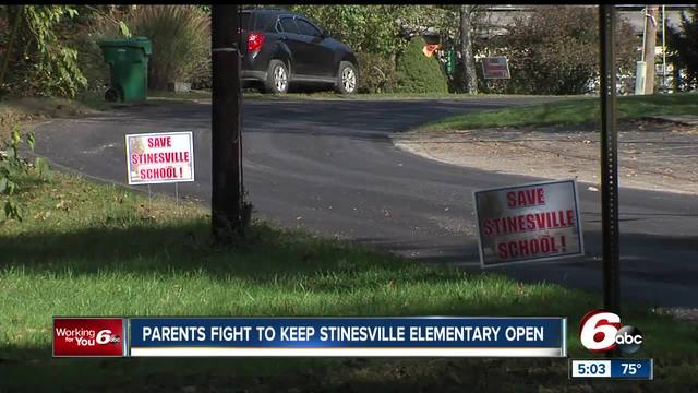 Parents fight to keep Zionsville elementary school