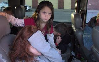 Family of 10 living in van after rental scam