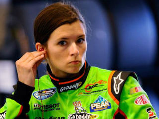 Danica Patrick to retire after 2018 Indy 500