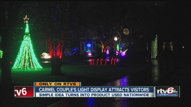 Carmel couple's Christmas light display attracts visitors