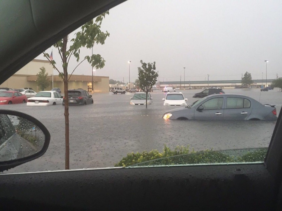 Indy Gas Prices >> Heavy rain causes heavy flooding in Indianapolis - TheIndyChannel.com Indianapolis, IN