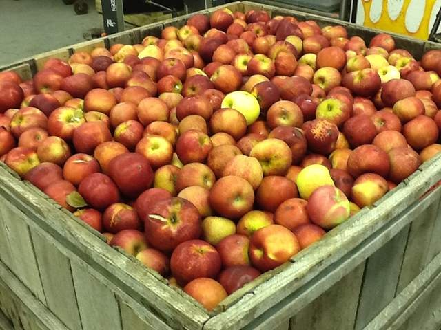Jack Brown Produce Recalls Apples Due To Possible Health Risk