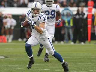Ex-Colts player Gonzalez wins Ohio GOP primary