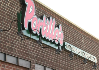New Portillo's restaurant opening on south side