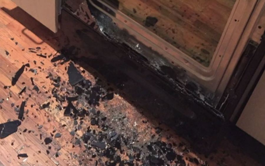 Call 6 Oven Doors Spontaneously Shatter Yet No Recall Issued