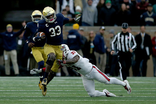 Notre Dame beats NC State, 35-14