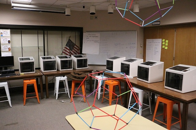 Sunnyside elementary receives 3 d printing lab from purdue university