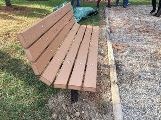 Bench dedicated to Richmond Hill victims
