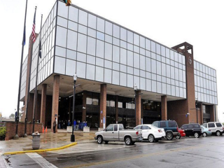 Madison Co. Government Center open during move
