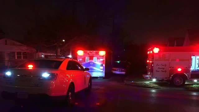 3 firefighters injured while fighting a fire in a vacant house early…