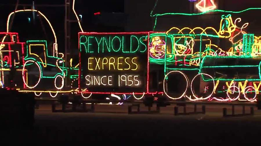 nickel plate districts christmas light display fishers