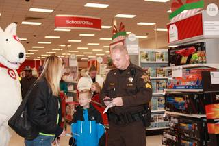 PHOTOS: Hamilton County Shop with a Cop 2017
