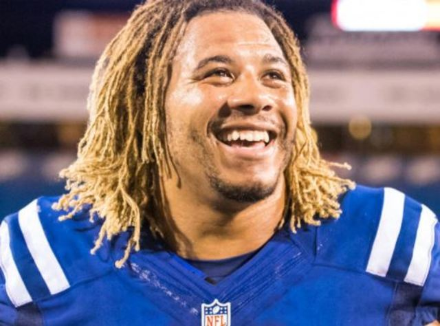 Colts Create Memorial Scholarship in Honor of Linebacker Edwin Jackson